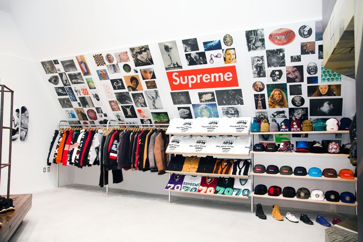 supreme-shop-new-york-nss-mag